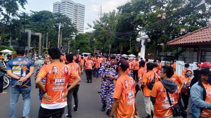 Momen di sekitar lokasi penusukan pendukung cawalkot Makassar di Palmerah, Minggu (8/11/2020)