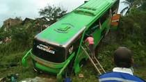 Rem Blong, Bus Nyungsep ke Jurang Tasikmalaya