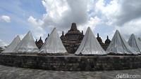 Kepala BKB Wiwit Kasiyati mengatakan, BKB menutup stupa teras (lantai) 8 sejumlah 32 stupa dan lantai lorong 1 keliling (Eko Susanto/detikTravel)