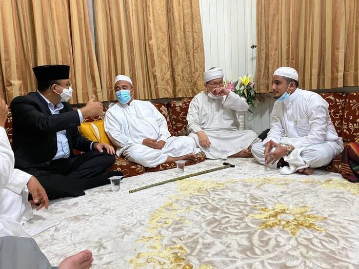 Gubernur DKI Anies Baswedan temui Habib Rizieq di Petamburan Jakarta Barat