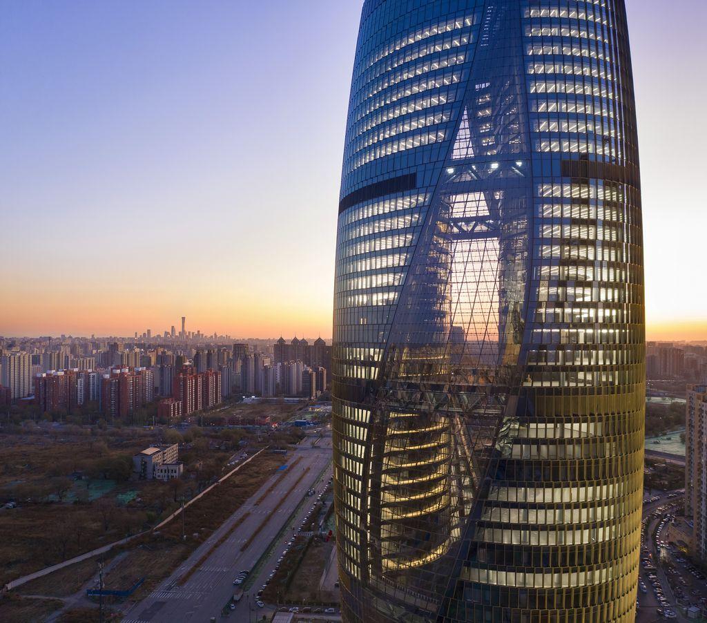 Ini 10 Gedung Pencakar Langit yang Arsitekturnya Estetik Banget