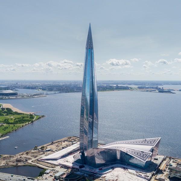Lakhta Center di Rusia dinobatkan sebagai gedung pencakar langit terbaik. Gedung ini dinilai memiliki bentuk tak biasa dan menerapkan teknologi ramah lingkungan. (Foto: GORPROJECT)