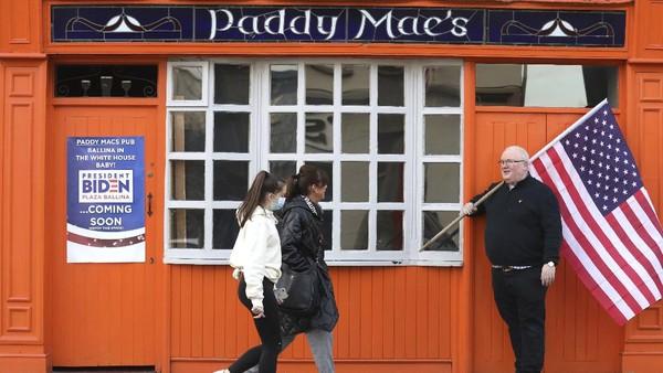 Perdana Menteri Irlandia, Micheal Martin termasuk salah satu pemimpin dunia pertama yang mengucapkan selamat kepada Joe Biden atas kemenangannya di Pilpres Amerika. Saya juga siap menyambutnya pulang ke sini ketika ada kesempatan, kata Martin. (AP Photo/Peter Morrison)