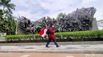 Seniman Ngawi Mulai Jalan Kaki dari Tugu Pahlawan Surabaya ke Monas