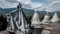 Kepala BKB Wiwit Kasiyati mengatakan, BKB menutup stupa teras (lantai) 8 sejumlah 32 stupa dan lantai lorong 1 keliling. Hal ini dilakukan sebagai langkah preventif antisipasi erupsi Merapi.