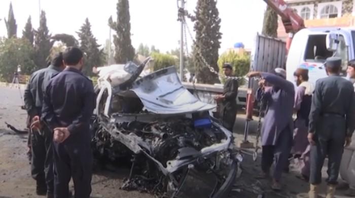 Sebuah bom mobil meledak di Lashkar Gah, Provinsi Helmand Selatan, Afghanistan. Ledakan itu menewaskan seorang jurnalis. Diduga pengeboman itu sudah direncanakan.