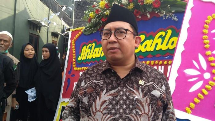 fadli Zon di kawasan kediaman Habib Rizieq, Petamburan, Jakarta, Kamis (12/11/2020).