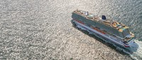 Iona salah satu armada dari P&O Cruises. Kapal pesiar berbobot 185.000 tonini berkapasitas7.000 orang, sudah termasuk awakkapal sejumlah 1.800 orang.