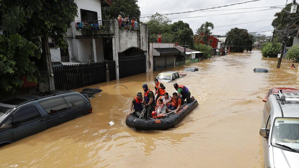 Topan Vamco Bergerak Menuju Vietnam Usai Tewaskan 53 Orang di Filipina