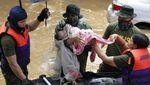 Potret Evakuasi Korban Topan Vamco di Filipina