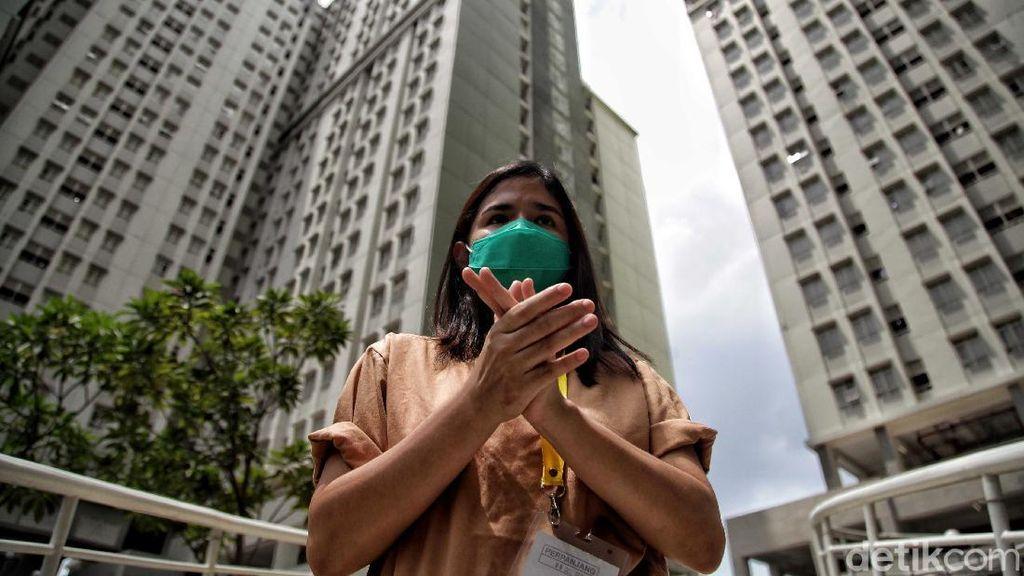 Riuh Tepuk Tangan Garda Terdepan Corona di Hari Kesehatan Nasional
