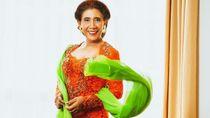 6 Gaya Susi Pudjiastuti Terima Penghargaan Jokowi, Kebayanya Dibuat 24 Jam