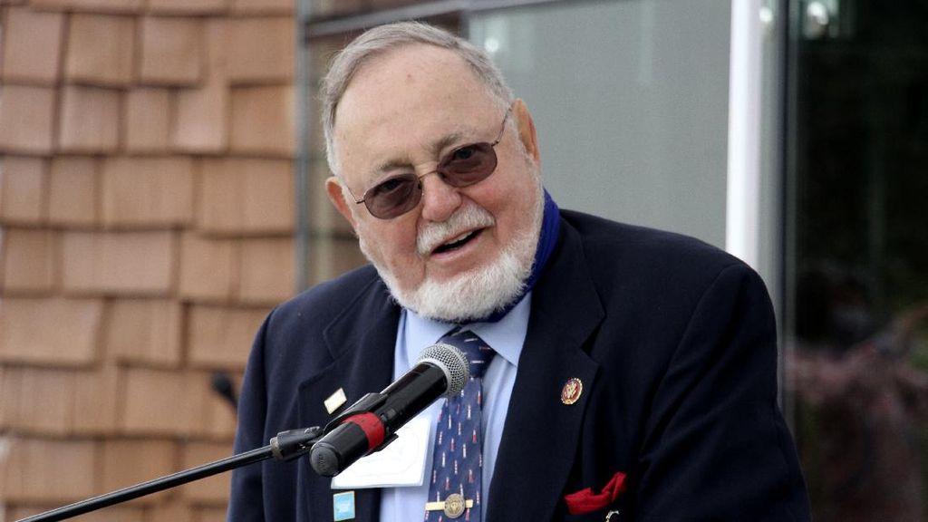 Sempat Meremehkan Corona, Anggota Parlemen AS Kini Terinfeksi