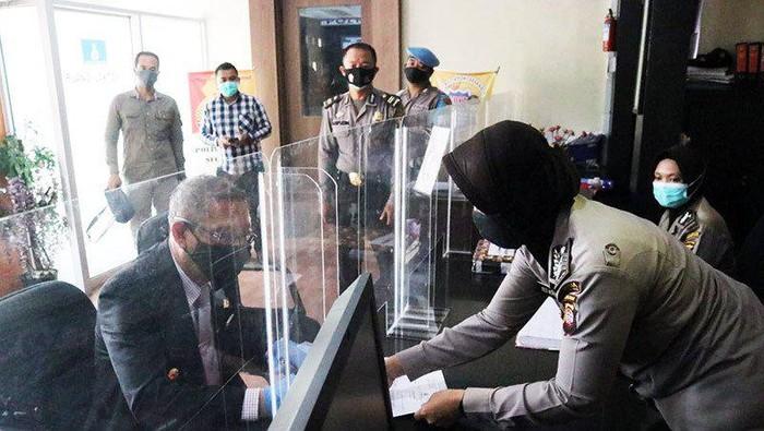 Gubernur Kalbar Sutarmidji melaporkan orator perempuan karena diduga menghina.