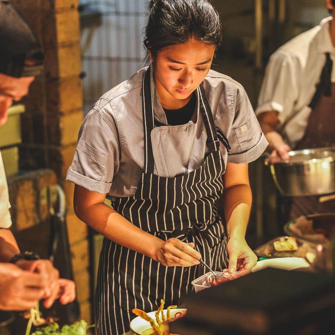 Begini Cara Chef Renatta Moeloek Makan Mie Instan dan Bubur Ayam