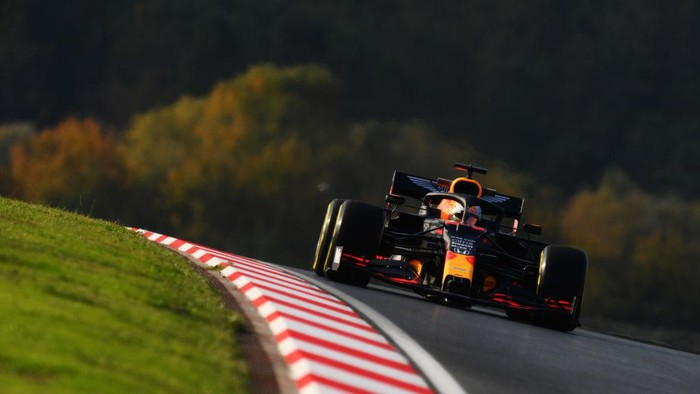 ISTANBUL, TURKEY - NOVEMBER 13: Max Verstappen of the Netherlands driving the (33) Aston Martin Red Bull Racing RB16 on track during practice ahead of the F1 Grand Prix of Turkey at Intercity Istanbul Park on November 13, 2020 in Istanbul, Turkey. (Photo by Clive Mason/Getty Images)