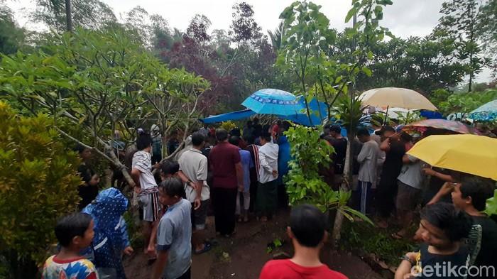 pemakaman hariyanto, anggota dprd malang