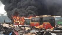 Total 37 Bangkai Bus Transjakarta Terbakar di Bogor