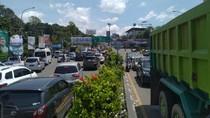 Lalin di Simpang Gadog Arah Puncak Macet Usai Pengalihan Arus Ditiadakan