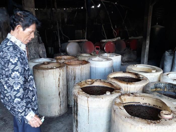 Sabariyono saat dijumpai di tempat produksi etanol di Sukoharjo, Jumat (13/11/2020).
