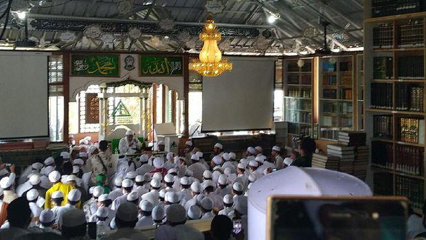 Suasana saat UAS tausiah di Megamendung Bogor