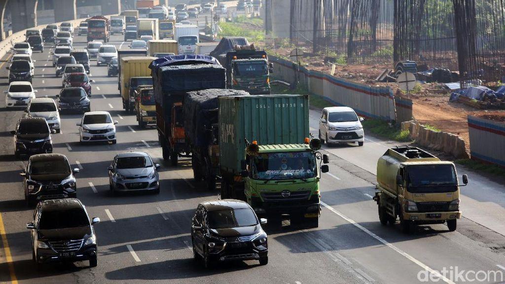 438 Ribu Kendaraan Tinggalkan Jakarta Via Tol Selama 3 Hari Libur Natal