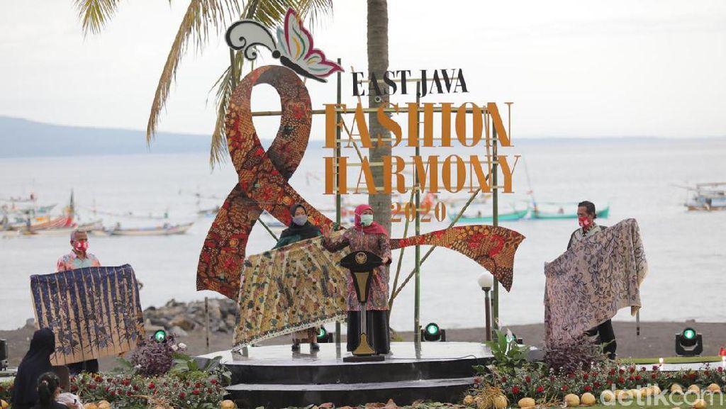 East Java Fashion Harmony 2020 Membuka Kreativitas Batik Saat Pandemi COVID-19