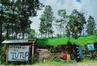 Namun karena terjadi peningkatan aktivitas Gunung Merapi menjadi siaga, tempat ini harus ditutup. Penutupan sudah dilakukan sejak 5 November 2020 hingga waktu yang belum dapat ditentukan. (Foto: Achmad Syauqi)
