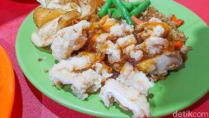 Mencicipi Nasi Goreng Bistik Ayam Racikan Kang Ajie
