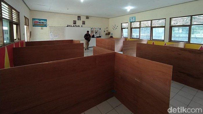 Pemkab Magelang ubah sekolah jadi tempat pengungsian Gunung Merapi, Sabtu (14/11/2020).