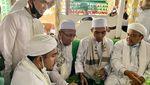Foto-foto Ustaz Abdul Somad Bertemu Habib Rizieq Shihab