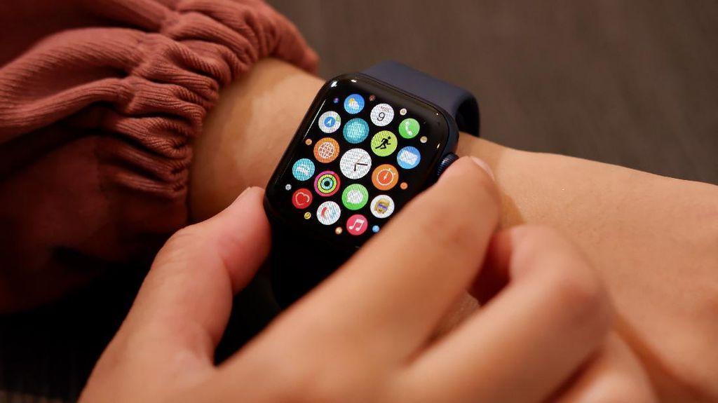Apple Watch Bantu Pantau Kelahiran Bayi di Pesawat