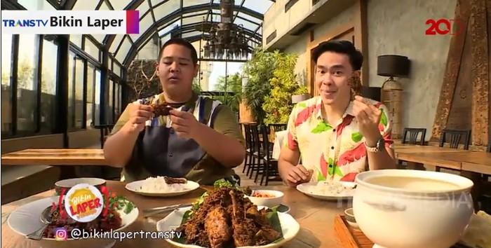 Bikin Laper! Bisa Puas Makan Soto Betawi dan Bebek Madura di Restoran Mewah