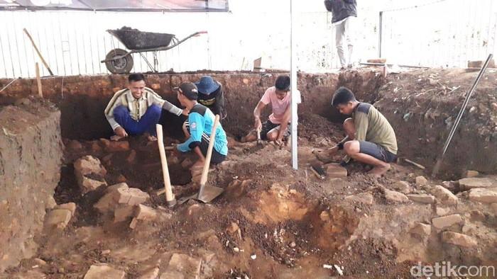 Ekskavasi Situs Pendem Tahap 4 di kota batu