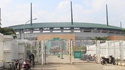 Aktivitas olahraga di Stadion Pakansari tetap ramai meski masih PSBB (Pembatasan Sosial Berskala Besar). Beragam aktivitas bisa dilakukan, termasuk gowes.