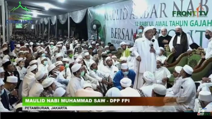 Habib Rizieq dalam acara Maulid Nabi di Petamburan, Sabtu (14/11) (YouTube FrontTV)