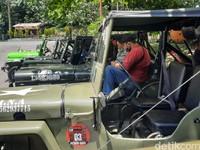 Bahkan ada armada jip lava tour Merapi yang sudah dikandangkan sejak Maret.