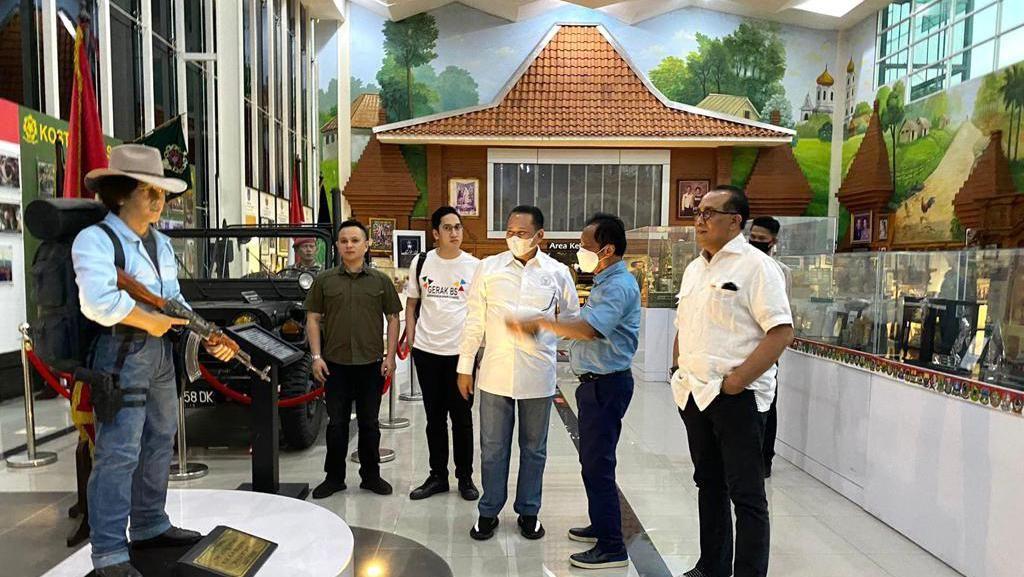 Kunjungi Museum Bang Yos, Ketua MPR: Patut Kita Dukung dan Tiru
