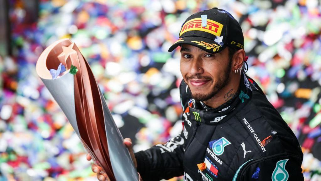 Lewis Hamilton Juara Dunia F1 Tujuh Kali, Setara Michael Schumacher