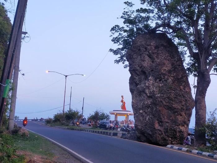 Pintu Gerbang Banyuwangi Yang Dikenal Angker