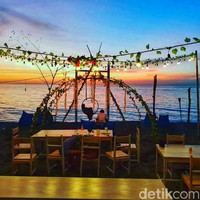 Tanjung Bias, merupakan salah satu lokasi wisata yang berlokasi di Kabupaten Lombok Barat, Nusa Tenggara Barat (NTB). (Faruk Nickyrawi/detikcom)