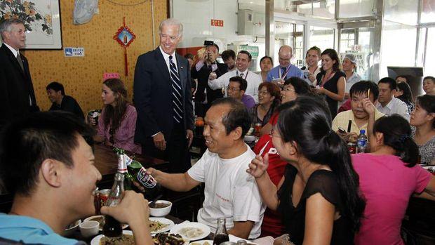 Restoran yang pernah dikunjungi Joe Biden kini ramai wisatawan