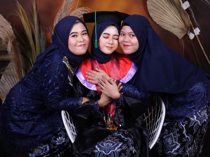 Kisah Safirah Wafia Nadhila yang edit sang ibunda. Dok. Screenshot