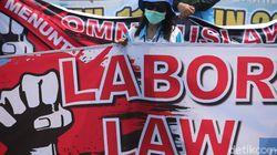 Dikecam Buruh, Ini Bedanya Kontrak PKWT di Aturan Baru dan Lama