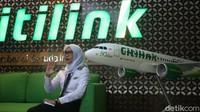 Melihat fenomena ini, detikTravel menanyakan kabar karyawan Citilink, maskapai yang masih satu grup dengan Garuda Indonesia itu. Melalui wawancara dengan pilot dan awak kabin Citilink di Jakarta, Kamis (19/11/2020) mereka mengungkapkan bahwa tak ada pengurangan karyawan seperti yang dilakukan maskapai saudaranya.
