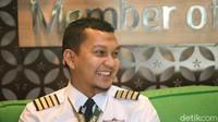 Kendati saat ini dalam kondisi aman, baik pilot maupun awak kabin tetap berharap bahwa dunia penerbangan dapat segera pulih. Mereka berpesan kepada masyarakat untuk tak ragu terbang dan tetap menaati protokol kesehatan yang telah ditetapkan pemerintah.