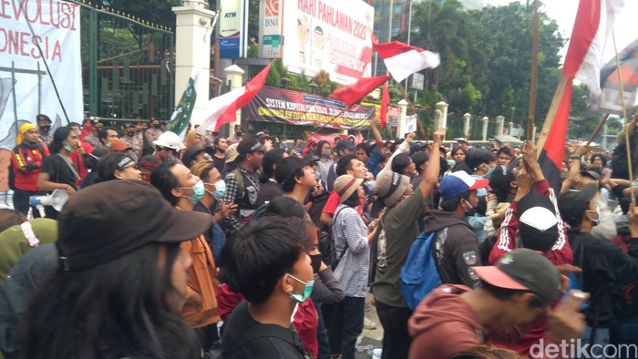 Demo di Kemdikbud, 17 November 2020. (Adhyasta Dirgantara/detikcom)