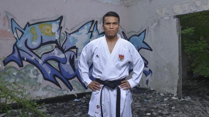 Jintar Simanjuntak, pelatih timnas Karate.