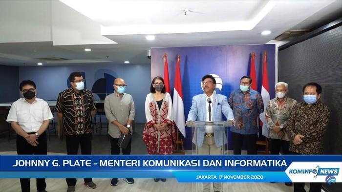 Menteri Komunikasi dan Informatika (Menkominfo) Johnny G Plate melakukan pertemuan dengan para operator seluler.