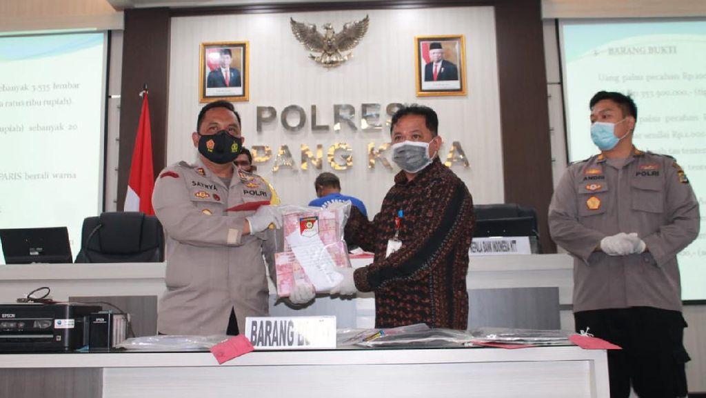 Edarkan Ratusan Juta Rupiah Uang Palsu, Kakek di Kupang Ditangkap